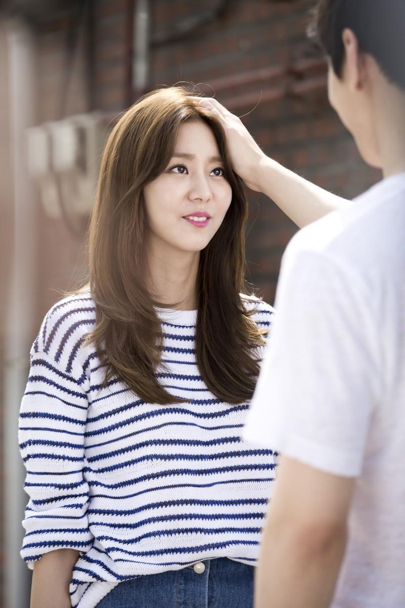Hội idol Kpop debut để hát nhưng nên... làm nghề khác thì hơn (P.2) - Ảnh 3.