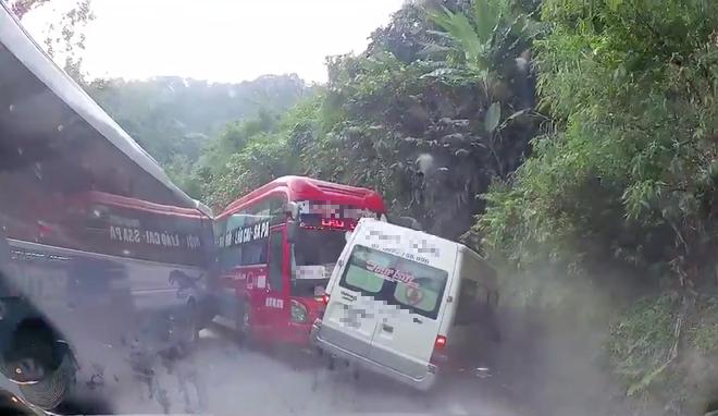 Hiền trường vụ tai nạn (Ảnh từ clip)