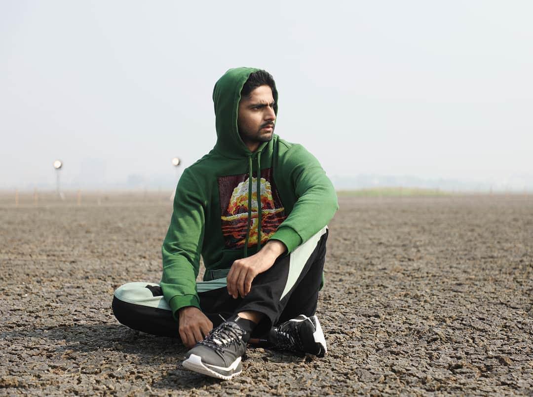 Next Top Ấn Độ cho thí sinh chụp hình catwalk giữa đồng ruộng - Ảnh 12.
