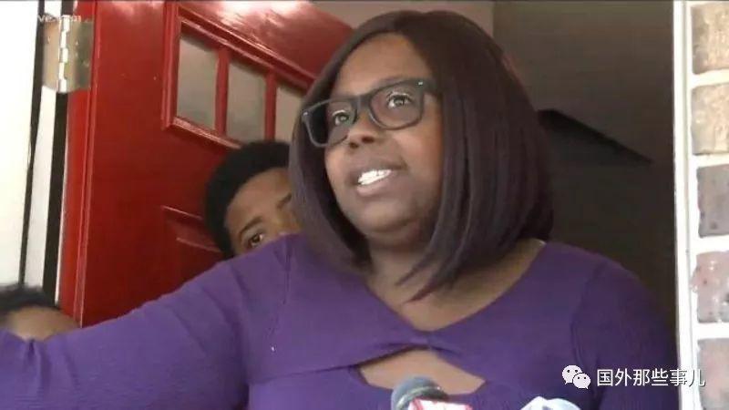 Nhặt đứa bé bị bỏ rơi trước cửa nhà, cặp vợ chồng hoàn toàn sốc khi được cảnh sát thông báo đứa trẻ là ai - Ảnh 2.