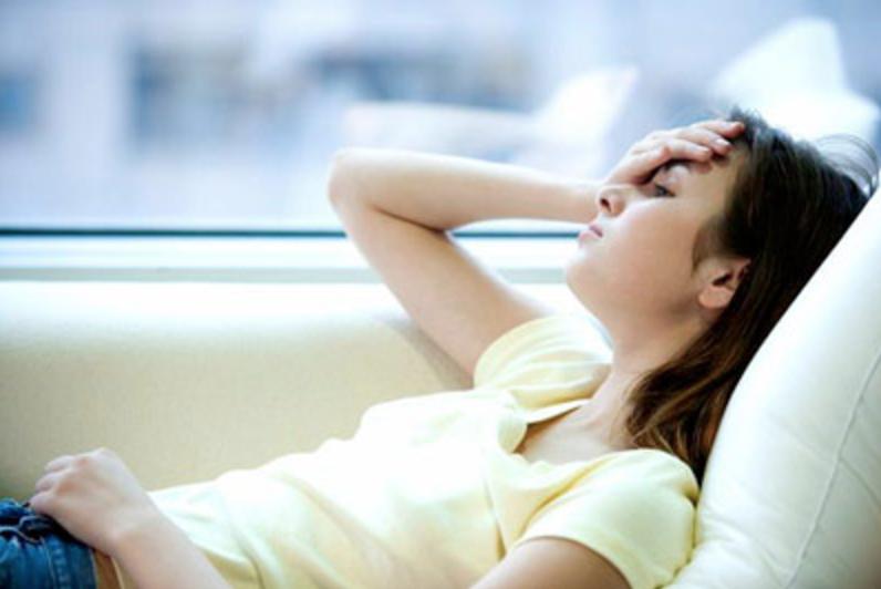 Thức đêm thường xuyên, hội con gái có nguy cơ phải đối mặt với 4 căn bệnh phụ khoa nguy hiểm - Ảnh 3.
