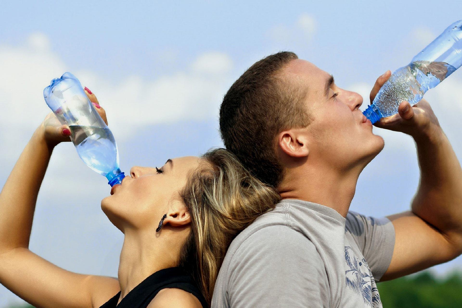 Nghe khá lạ nhưng lại là sự thật: Chúng ta hoàn toàn có thể bị ngộ độc nước - Ảnh 4.
