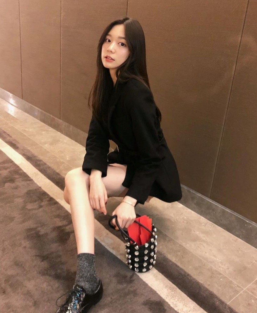 Ái nữ 18 tuổi xinh đẹp, cao 1m74 của ông trùm xe sang nổi tiếng Trung Quốc - Ảnh 5.