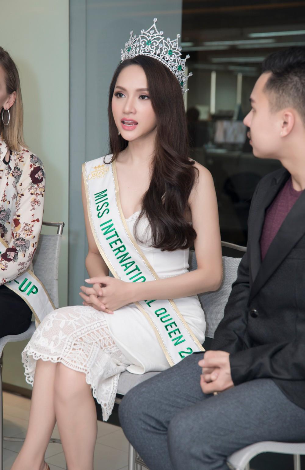 Clip: Hương Giang nói gì trước quan điểm người chuyển giới dù đẹp mức nào cũng không phải là con gái? - Ảnh 6.