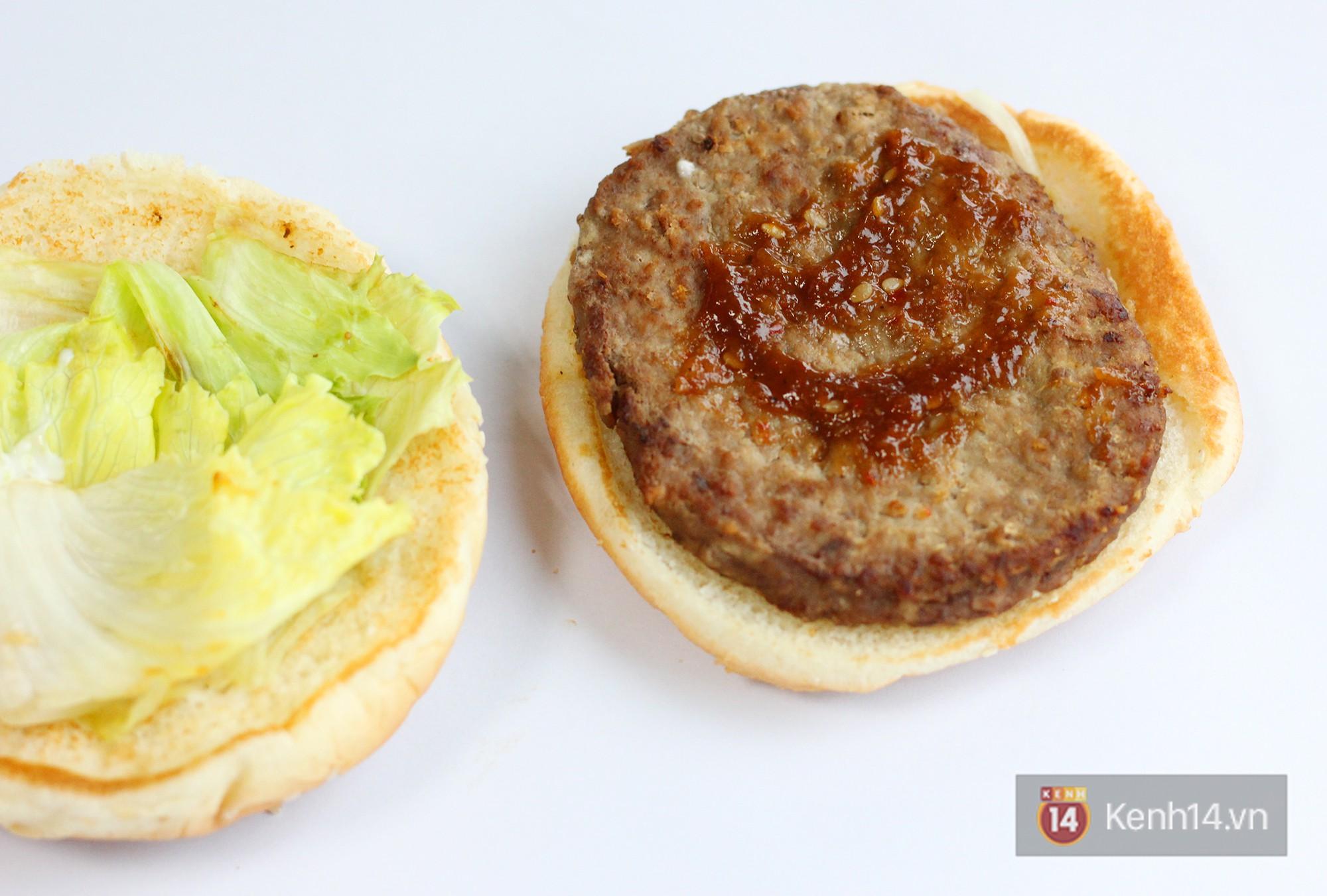 Xem sự khác biệt giữa quảng cáo và thực tế của burger ở Việt Nam để thấy đúng là đời không như mơ - Ảnh 14.