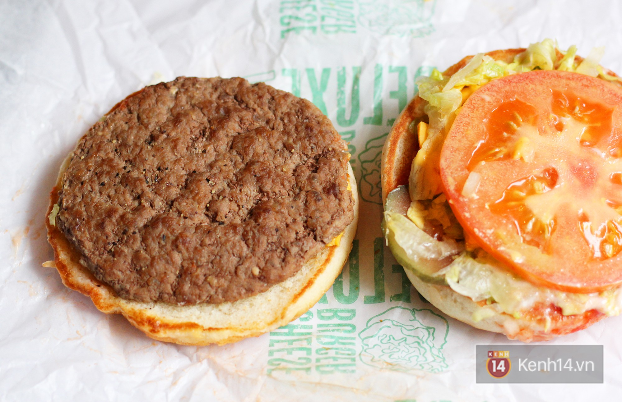 Xem sự khác biệt giữa quảng cáo và thực tế của burger ở Việt Nam để thấy đúng là đời không như mơ - Ảnh 3.