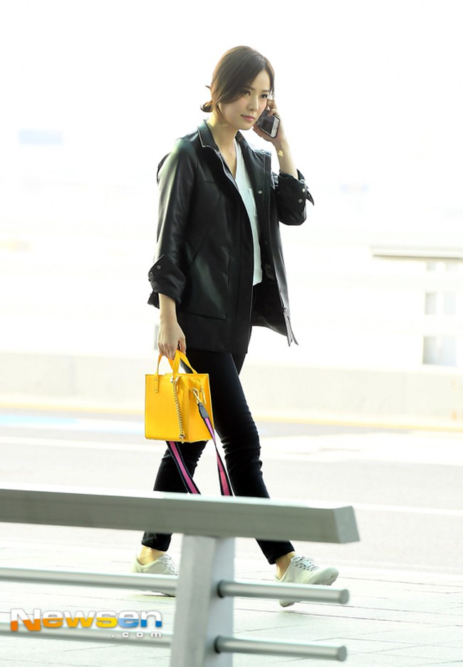 Street style sao tháng 3 báo hiệu màu vàng đang là hot trend khi Chi Pu, Hương Tràm, Văn Mai Hương... đều chọn mặc - Ảnh 18.