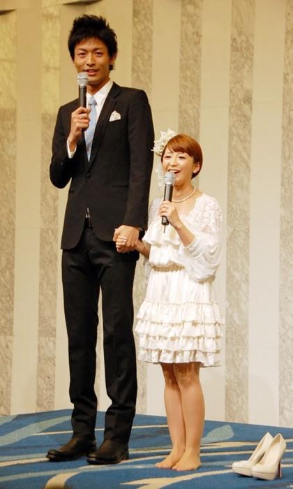 5 năm sau khi bị chồng bắt quả tang ngoại tình, người đẹp Nhật Bản chuẩn bị kết hôn với nhân tình - Ảnh 2.