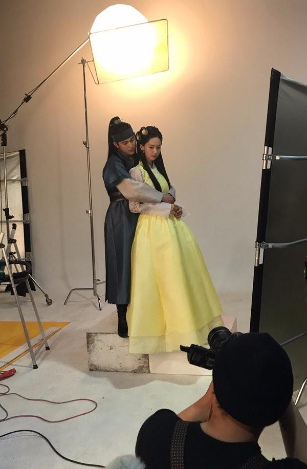 Tuyển tập khoảnh khắc diễn viên Hàn bị bạn diễn tàn nhẫn sỉ nhục chiều cao - Ảnh 17.