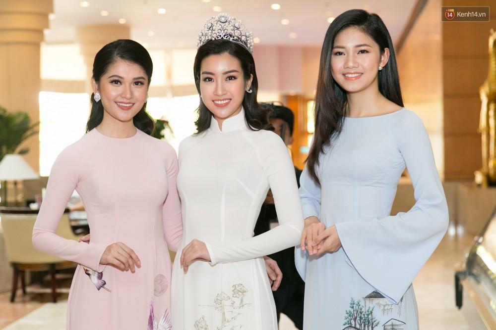 Khoảnh khắc hiếm hoi: 6 Hoa hậu, Á hậu hai mùa Hoa hậu liên tiếp diện áo dài đọ sắc - Ảnh 2.