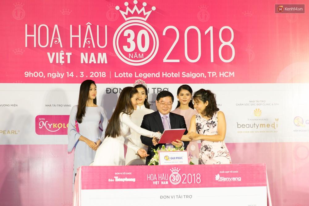 Khoảnh khắc hiếm hoi: 6 Hoa hậu, Á hậu hai mùa Hoa hậu liên tiếp diện áo dài đọ sắc - Ảnh 11.