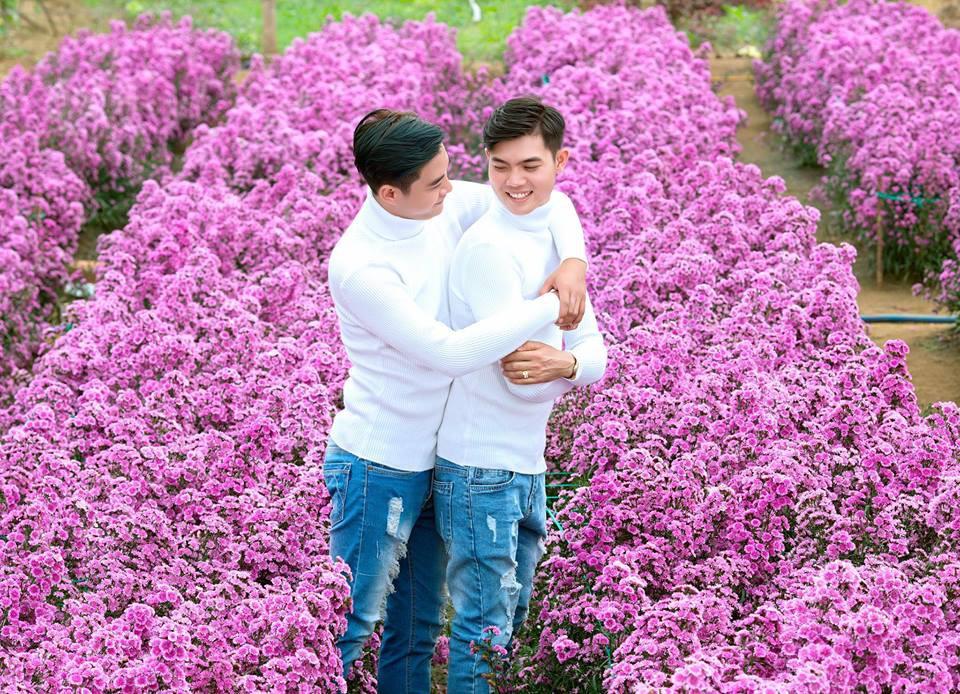 Đám cưới của cặp đồng tính điển trai gây xôn xao mạng xã hội: Chưa bao giờ vì sự phản đối của mọi người mà nản lòng - Ảnh 11.