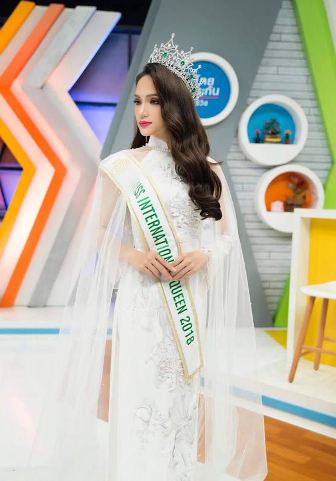 Tân Hoa hậu Chuyển giới Hương Giang xin phép BTC, trở về Việt Nam sớm vào ngày 16/3 - Ảnh 2.