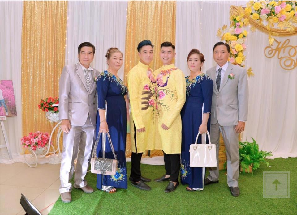 Đám cưới của cặp đồng tính điển trai gây xôn xao mạng xã hội: Chưa bao giờ vì sự phản đối của mọi người mà nản lòng - Ảnh 3.