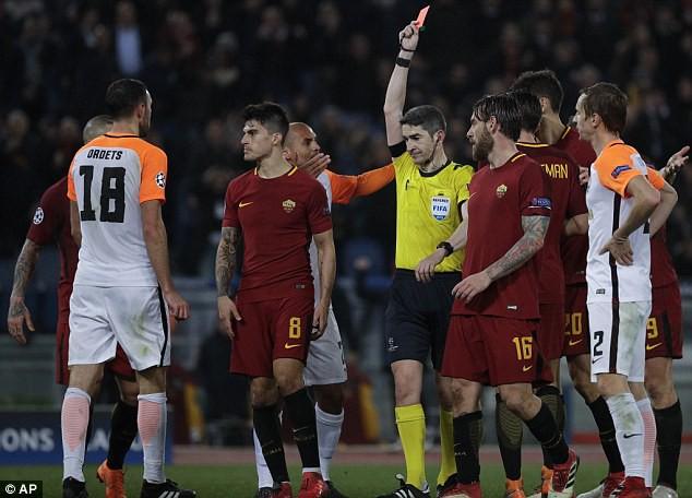 Cựu sao Man City tỏa sáng đưa Roma vào tứ kết Champions League - Ảnh 11.