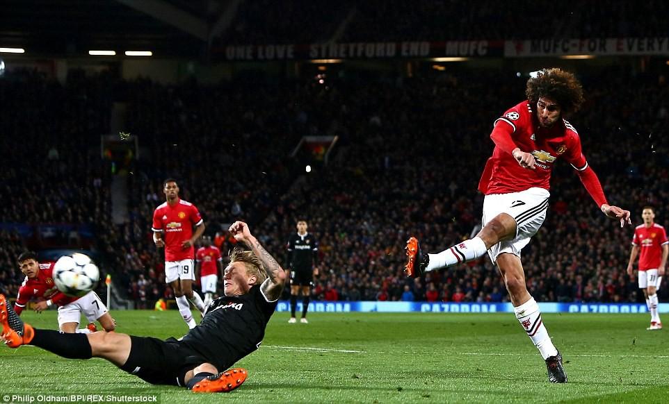 4 sai lầm lớn của Mourinho khiến MU thất bại ê chề - Ảnh 2.