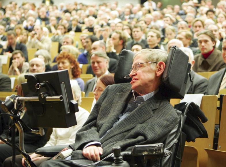 Nhìn lại cuộc đời của huyền thoại Stephen Hawking: Ngôi sao sáng trên bầu trời khoa học thế giới đã vụt tắt - Ảnh 10.