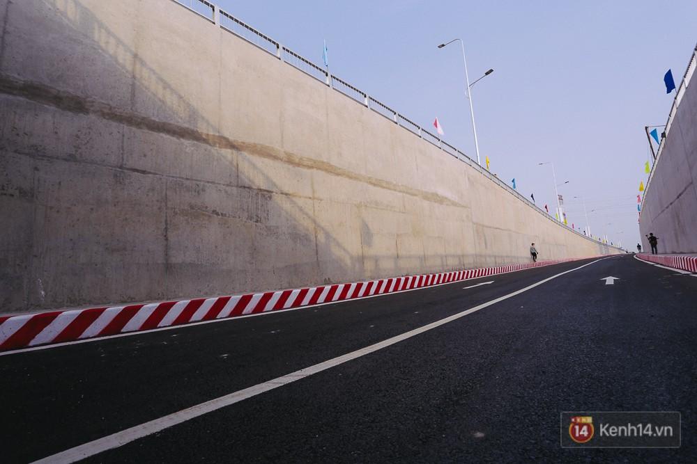 Hướng hầm phía huyện Hóc Môn.