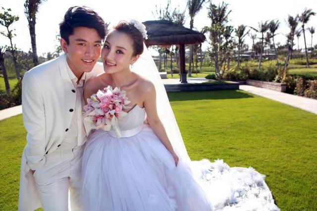 Giả Nãi Lượng đã hoàn tất thủ tục ly hôn với Lý Tiểu Lộ sau scandal ngoại tình?