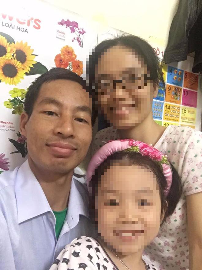 Chưa kịp đón con gái chào đời, bố nhập viện vì suy thận, một mình mẹ ngược xuôi suốt 7 năm trời lo lắng cho cả gia đình - Ảnh 2.