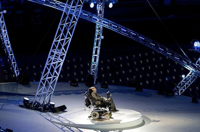 Nhìn lại cuộc đời của huyền thoại Stephen Hawking: Ngôi sao sáng trên bầu trời khoa học thế giới đã vụt tắt - Ảnh 17.