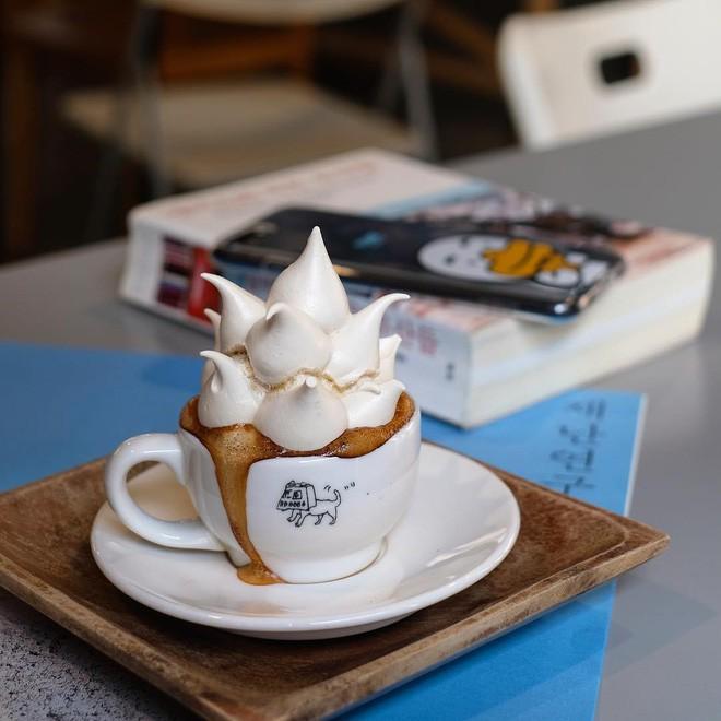 Vòng quanh thế giới đi tìm những món cafe độc đáo nhất: Cafe pha với than hồng, pho mát - Ảnh 14.