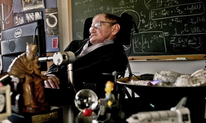 Mất khả năng nói từ năm 1985, Stephen Hawking đã làm cách nào để nói chuyện với thế giới? Hãy hỏi Intel - Ảnh 4.