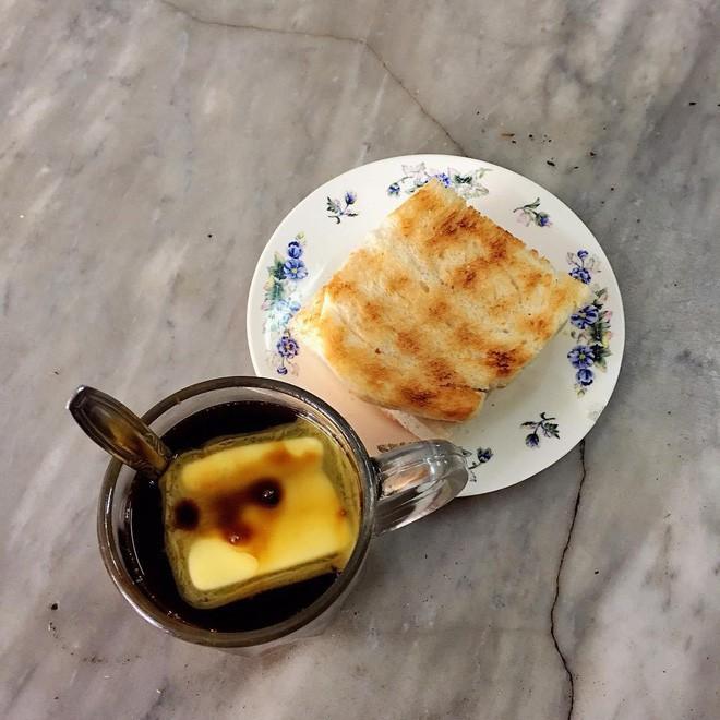 Vòng quanh thế giới đi tìm những món cafe độc đáo nhất: Cafe pha với than hồng, pho mát - Ảnh 9.
