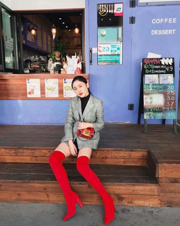 Văn Mai Hương phát cuồng vì độ điển trai của Lee Dong Wook trong buổi fan-meeting tại Hàn Quốc - Ảnh 9.
