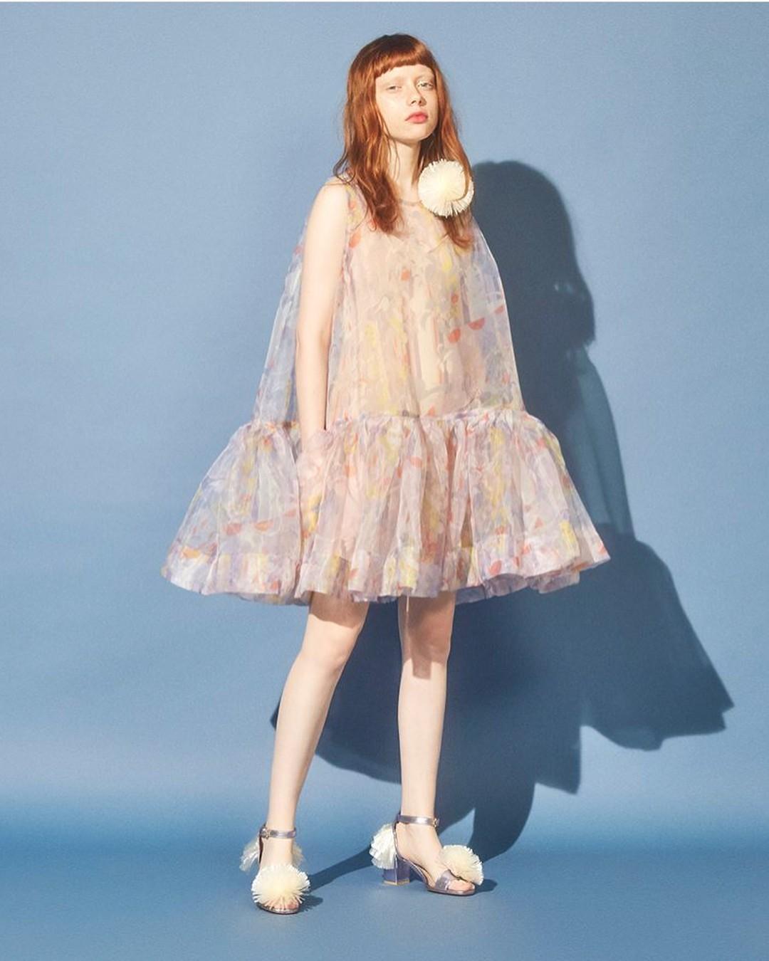 Mặc đẹp suốt ngày, sao Taeyeon lại chọn đúng váy như quả cầu lông để mặc trong sinh nhật thế này - Ảnh 9.