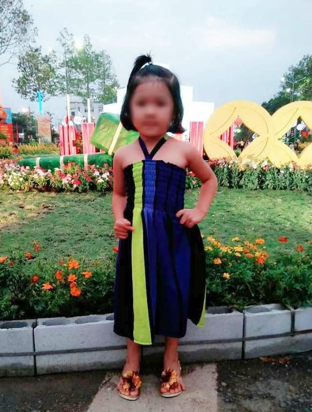 Bình Phước: Tìm thấy thi thể bé gái 4 tuổi nghi bị người quen bắt cóc ở dưới giếng cách nhà 4km - Ảnh 1.