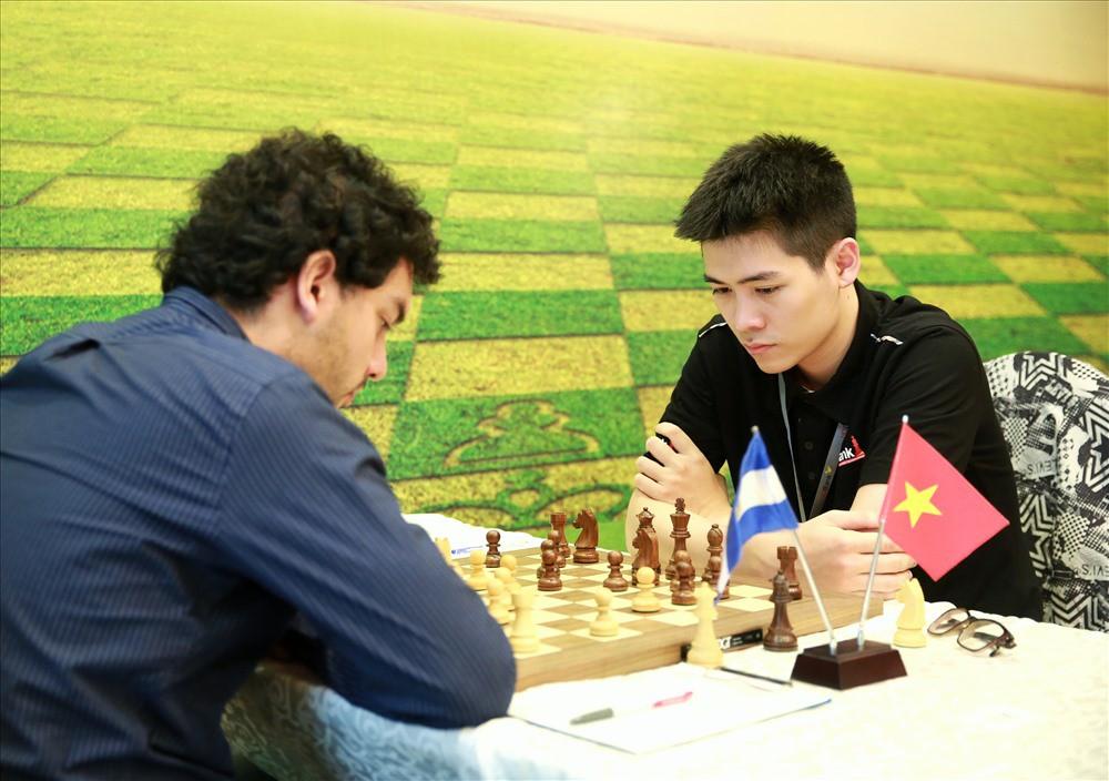 Kỳ thủ trẻ Việt Nam vuột ngôi vô địch giải cờ vua Quốc tế HDBank 2018 - Ảnh 1.