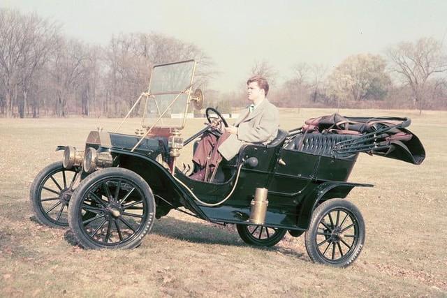 10 bức ảnh cho thấy Ford đã định hình lịch sử ngành sản xuất ô tô thế giới như thế nào - Ảnh 1.
