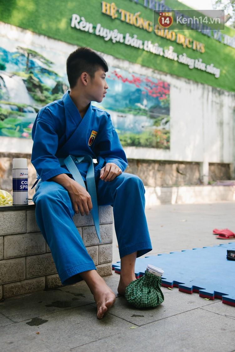 Ngôi trường giúp học sinh cai nghiện game Dota, Liên Minh Huyền Thoại bằng võ Vovinam - Ảnh 13.