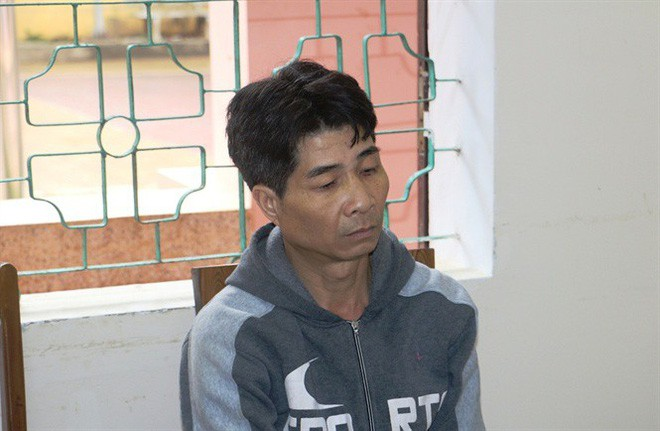 Số phận đáng thương của bé gái 6 tuổi bị gã hàng xóm đáng tuổi ông dâm ô khi đi dự liên hoan cùng bà ngoại - Ảnh 1.