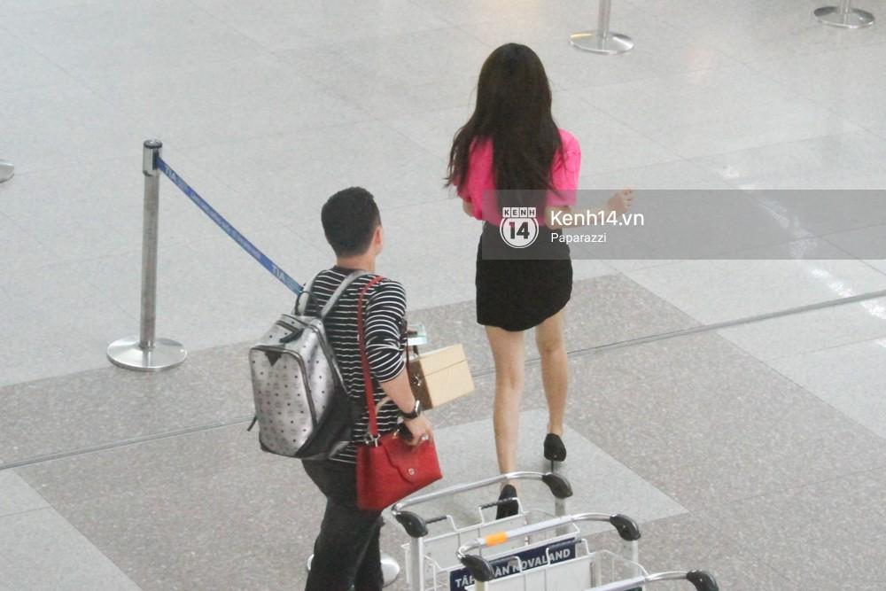 Hương Giang vội vã ở sân bay Tân Sơn Nhất, suýt muộn chuyến bay quay lại Thái Lan vì kẹt xe - Ảnh 10.