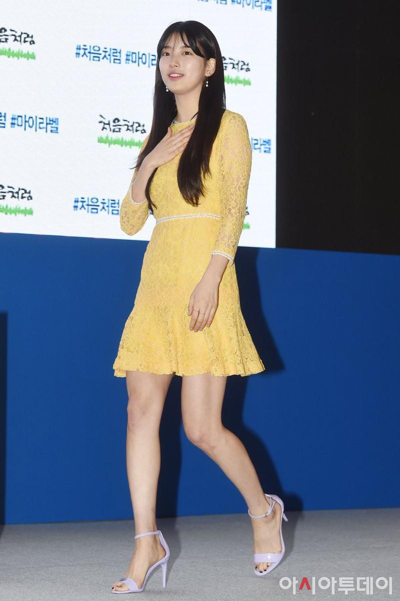 Suzy lần đầu lộ diện hậu hẹn hò Lee Dong Wook: Mặt béo nhưng vẫn khiến cả trung tâm thương mại náo loạn vì quân đoàn fan - Ảnh 8.
