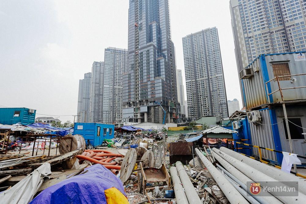 Clip, ảnh: Toàn cảnh tòa tháp 81 tầng cao nhất Việt Nam của tỷ phú Phạm Nhật Vượng nhìn từ trên cao - Ảnh 13.