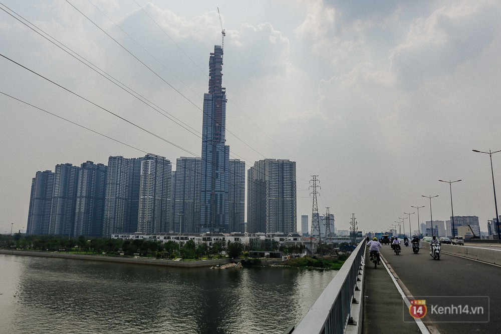 Clip, ảnh: Toàn cảnh tòa tháp 81 tầng cao nhất Việt Nam của tỷ phú Phạm Nhật Vượng nhìn từ trên cao - Ảnh 7.