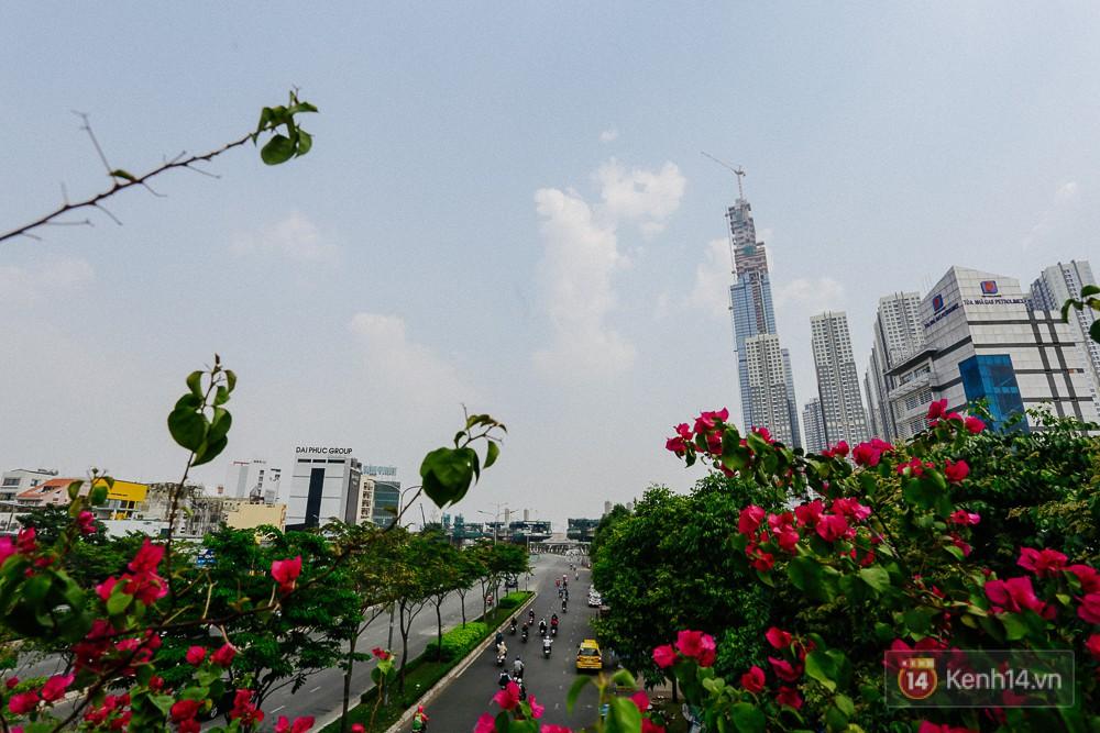 Clip, ảnh: Toàn cảnh tòa tháp 81 tầng cao nhất Việt Nam của tỷ phú Phạm Nhật Vượng nhìn từ trên cao - Ảnh 6.