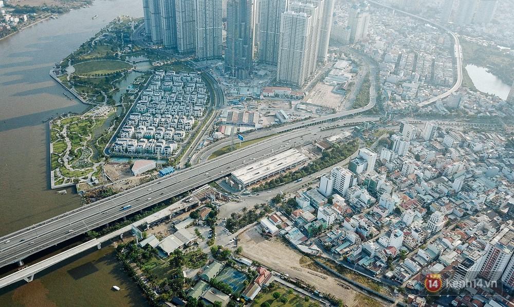 Clip, ảnh: Toàn cảnh tòa tháp 81 tầng cao nhất Việt Nam của tỷ phú Phạm Nhật Vượng nhìn từ trên cao - Ảnh 3.