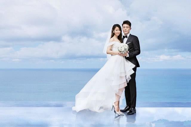 Sau 2 năm, Lâm Tâm Như lần đầu đáp trả netizen chê bai chiếc váy cưới 'vừa xấu vừa quê' của mình