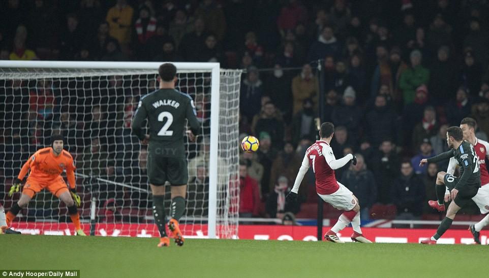 Arsenal thua thảm Man City 2 lần trong vòng 4 ngày - Ảnh 5.