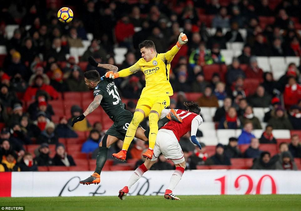 Arsenal thua thảm Man City 2 lần trong vòng 4 ngày - Ảnh 4.