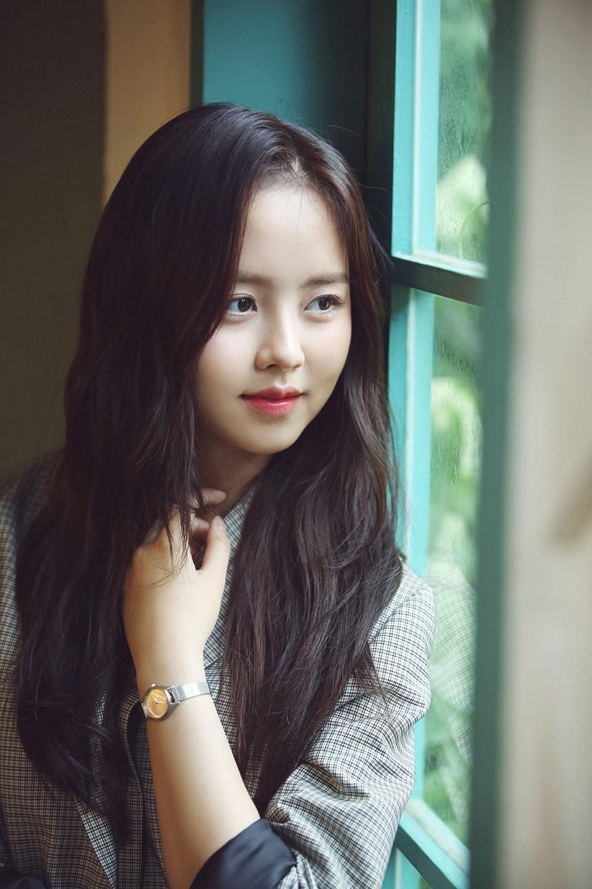 2 nữ thần nhí một thời Kim Yoo Jung và Kim So Hyun dậy thì: Quá xuất sắc, đẹp đến mức khó chọn ai nhỉnh hơn - Ảnh 11.