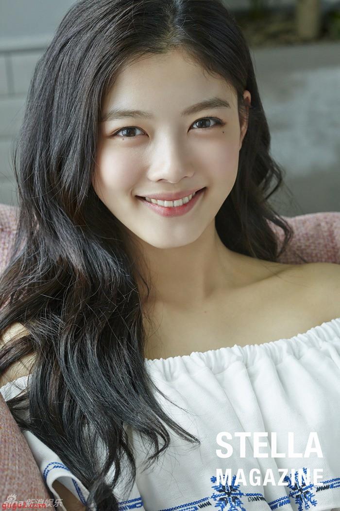 2 nữ thần nhí một thời Kim Yoo Jung và Kim So Hyun dậy thì: Quá xuất sắc, đẹp đến mức khó chọn ai nhỉnh hơn - Ảnh 4.