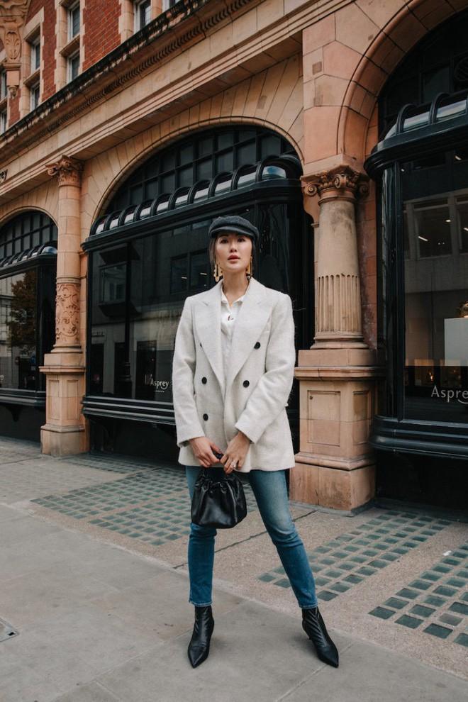 Diện quần âu và sơmi cách điệu đẹp như các quý cô châu Á trong street style đầu tháng 3 - Ảnh 2.