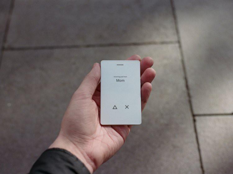Chiếc điện thoại đi ngược lại định nghĩa smartphone: đẹp đẽ nuột nà nhưng chỉ có đúng 4 tính năng - Ảnh 11.