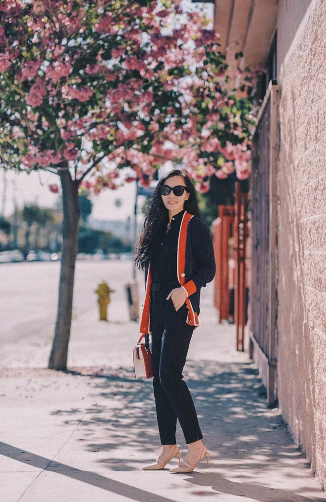 Diện quần âu và sơmi cách điệu đẹp như các quý cô châu Á trong street style đầu tháng 3 - Ảnh 11.