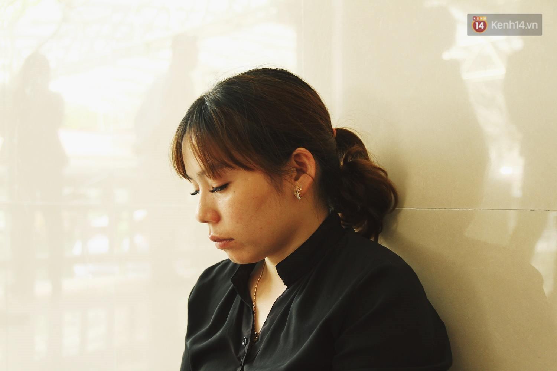 Chị gái khóc ngất trong lễ tang chiến sĩ PCCC hy sinh trên đường đi cứu nạn ở cao tốc Pháp Vân - Ảnh 13.